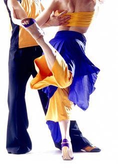 Argentijns Tangodansen bij Cuartito Azul in Rotterdam. Laat de passie spreken! #dansles #tango #stijldansen