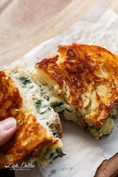 Spinach and Ricotta Grilled Cheese - Do not touch my food Ricotta Cheese Recipes, Spinach Ricotta, Grilled Cheese Recipes, Grilled Cheeses, Cheese Food, Cheese Plates, Grilled Sandwich, Sandwich Recipes, Chickpea Sandwich