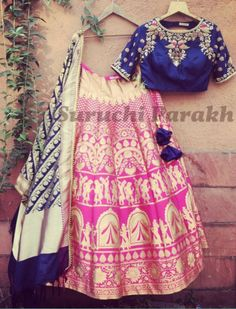 Sending some banarasi love your way! Gorgeous handwowen banarasi lehenga and dupatta paired with handwork blouse! new collection banarasi hand crafted hand made with love beautiful gorgeous indianwear indian clothes 16 March 2017 Indian Look, Indian Wear, Indian Dresses, Indian Outfits, Indian Clothes, Banarasi Lehenga, Saree, Lehenga Blouse, Anarkali