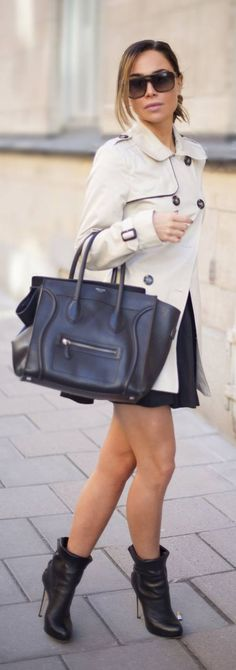 Great trench, great shoes, great bag... Great everything ~ Lara Clement Cream Designed Trench