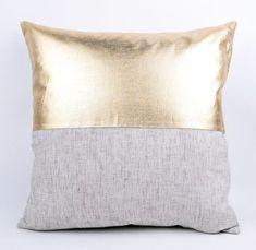 Kissenbezug aus Stoff und Kunstleder in Gold nähen