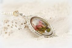 pressed flower jewelry pressed flower necklaces Resin pendant
