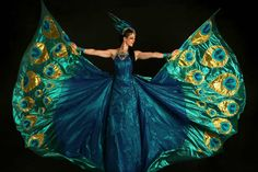 Peacock Costume, Bird Costume, Peacock Dress, Peacock Art, Peacock Design, Peacock Shoes, Dance Costumes, Halloween Costumes, Stilt Costume
