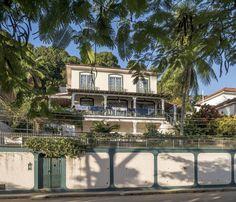 https://flic.kr/p/GR8YEP | Casas do Brasil | Ilha de Paquetá, Rio de Janeiro, Brasil. Tenha um ótimo dia! :-)  ____________________________________________  Houses of Brazil  Paquetá Island neighborhood, Rio de Janeiro, Brazil. Have a great day! :-)  ____________________________________________  Buy my photos at / Compre minhas fotos na Getty Images  To direct contact me / Para me contactar diretamente: lmsmartins@msn.com