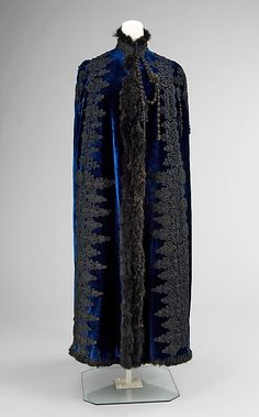 Evening cape (image 1) | Emile Pingat | 1885-89 | French; Paris | silk, feathers | Brooklyn Museum Costume Collection at The Metropolitan Museum of Art | Accession #: 2009.300.140