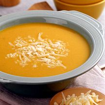 Get a taste of fall (with a good dose of fiber) with this Tuscan Pumpkin-White Bean Soup #recipe. #WWloves