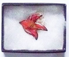 large bird brooch - red scrolled £7.50