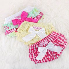 The style that started it all! RuffleButt Bloomers are designed to make baby girls feel special and to spread smiles to those around them. A must-have for every newborn girl!