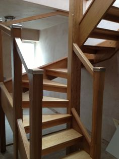 Open Tread Oak Stairs with Glass