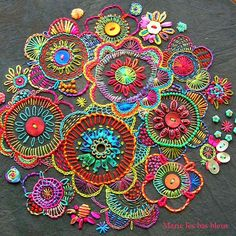Wonderful Ribbon Embroidery Flowers by Hand Ideas. Enchanting Ribbon Embroidery Flowers by Hand Ideas. Crewel Embroidery, Embroidery Applique, Beaded Embroidery, Cross Stitch Embroidery, Embroidery Patterns, Flower Embroidery, Embroidered Flowers, Paisley Embroidery, Embroidery Tattoo