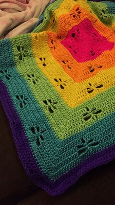 Ravelry: Project Gallery for Radiating Dragonflies Throw pattern by Janaya Chouinard $2.00
