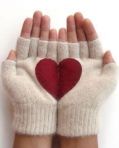 <3 Fingerless Gloves