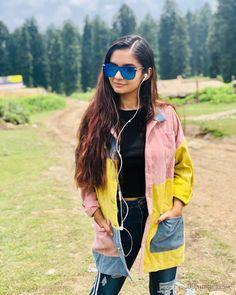 Anushka Sen Hot HD Photos & Wallpapers for mobile, WhatsApp DP Hd Wallpaper Desktop, Photo Wallpaper, Mobile Wallpaper, Teen Celebrities, Indian Celebrities, Bollywood Celebrities, Beautiful Bollywood Actress, Most Beautiful Indian Actress, Ms Dhoni Wallpapers