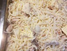 Tepsis, csirkés karfiol   Lajos Moncsi receptje - Cookpad receptek Coconut Flakes, Spices, Food, Spice, Essen, Meals, Yemek, Eten