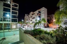 Located in Oran, 8 km from Oran Santa Cruz fortress and km from Place du Novembre, Residence Ryadh Oran offers free WiFi. This apartment is km from Harbour. Best Hotel Deals, Best Hotels, Outdoor Swimming Pool, Swimming Pools, Online Travel, Best Western, Sandy Beaches, Free Wifi, Hotel Reviews
