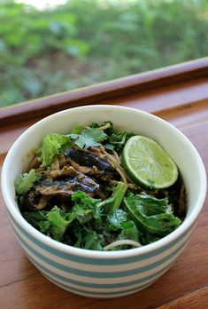 Soba noodles with kale, tahini and mushrooms