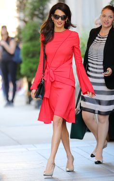 20 Best Fashion Looks von Amal Clooney – Bezauberungnet Amal Clooney, George Clooney, Star Fashion, Fashion Outfits, Womens Fashion, Fashion Trends, Fashion Looks, Cool Style, My Style