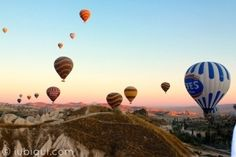 O passeio de balão na Capadócia não é famoso por acaso