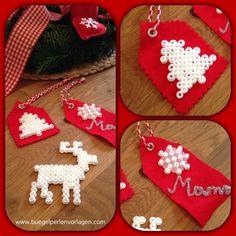 DIY Geschenkanhänger aus Bügelperlen (Weihnachtsmotive)
