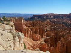 Going by Bryce Canyon, Utah on the way to Zion