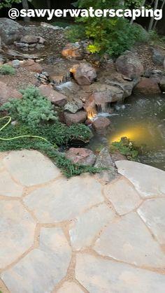 Backyard Water Feature, Ponds Backyard, Backyard Retreat, Koi Ponds, Fish Pond Gardens, Water Gardens, Landscaping With Rocks, Front Yard Landscaping, Side Garden