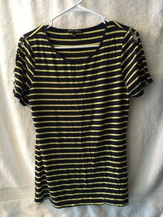 Navy Blue/Yellow Stripes. Short Sleeve, open sleeve detail with buttons. Cable & Gauge Top. Size Medium.   eBay!