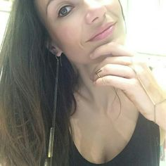 Beautiful Tamara in love with MvdT...