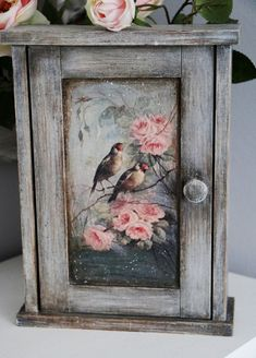 Texture Painting, Painting On Wood, Diy Painting, Tole Painting, Funky Painted Furniture, Decoupage Art, Primitive Furniture, Painting Techniques, Altered Art