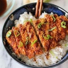 Tonkatsu (Japanese Cutlet) recipe O MY GOODNESS!!! THIS WAS ONE OF MY FAVORIT THINGS TO EAT IN JAPAN!! I LOVE THEIR FOOD! | best stuff