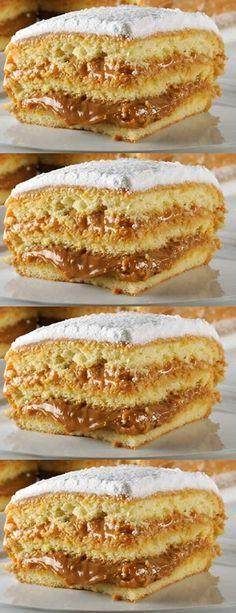 Bem Casado (Cake w/ Egg Mixture) Fun Desserts, Delicious Desserts, Yummy Food, Sweet Recipes, Cake Recipes, Dessert Recipes, Brazilian Dishes, Pastel Cakes, Cafe Food