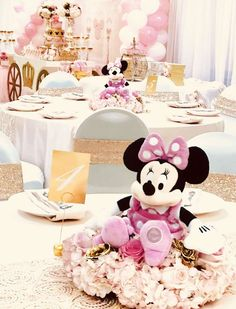 Ideas for royal princess birthday party kids Minnie Mouse Party Decorations, Minnie Mouse Theme Party, Minnie Mouse 1st Birthday, Minnie Mouse Baby Shower, Minnie Mouse Pink, Birthday Party Decorations, 1st Birthday Party For Girls, Girl Birthday Themes, Birthday Cakes