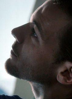 Louis - Drag Me Down music video