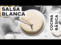 Saber hacer salsa blanca es súper útil. Por eso les quiero enseñar mis trucos para hacer una salsa blanca sabrosa y sin grumos. Bechamel, Cravings, Icing, Journal, Youtube, Desserts, Food, White Sauce Pasta, Tasty