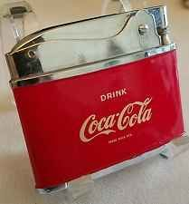 Vintage COCA COLA Flat Advertising Lighter. Near mint, in box. Check the pix.