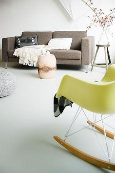 love the bright rocker Small Apartment Living, Cozy Living Rooms, Linoleum Flooring, Kitchen Flooring, Home Design Living Room, Home And Living, Conservatory Flooring, Cozy Reading Corners, Bedroom Flooring