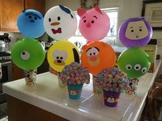 Tsum Tsum balloon decor - I sized line drawings for my Silhouette machine and cut out the details on colored cardstock! Tsum Tsum Birthday Cake, Tsum Tsum Party, Panda Birthday, Birthday Fun, 1st Birthday Parties, Toddler Activity Board, Twins 1st Birthdays, Tsumtsum, Colorful Birthday