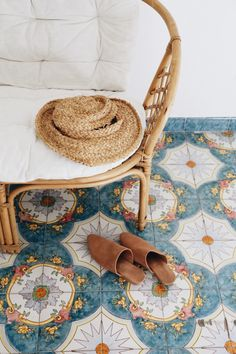 OAK & BONE: Amalfi Tiles for the porch or some sun room of the house. Home Decor Inspiration, Design Inspiration, Interior Decorating, Interior Design, Deco Design, Home And Deco, Humble Abode, Bohemian Decor, Vintage Bohemian