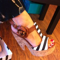 My bff's new shoes!! Love!