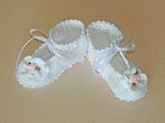 White Crochet Booties / Christening Booties 16007-G