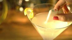 Crean dispositivo que alerta si bebida fue manipulada con drogas. DETALLES: http://www.audienciaelectronica.net/2014/07/22/crean-dispositivo-que-alerta-si-bebida-fue-manipulada-con-drogas/
