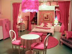 sharpay's fabulous adventure furniture - so cute in pink