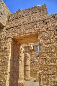 Doorway in the Temple of Khonsu, Karnak Temple, Luxor, Thebes, UNESCO World Heritage Site, Egypt, North Africa, Africa