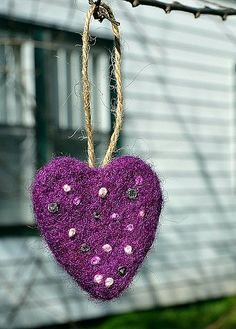 DONE! :) - with variations. embroidered felt heart ornament tutorial
