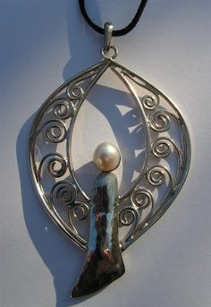 Angel - silver pendant with pearls