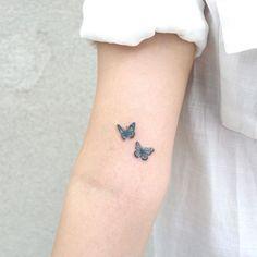small tattoos ~ small tattoos + small tattoos with meaning + small tattoos for women + small tattoos simple + small tattoos for women with meaning + small tattoos for women on wrist + small tattoos with meaning inspiration + small tattoos for women unique Subtle Tattoos, Dainty Tattoos, Simplistic Tattoos, Dope Tattoos, Pretty Tattoos, Small Tattoos, Tatoos, White Tattoos, Ankle Tattoos