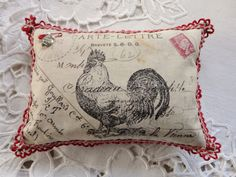 French hen, shabby chic, stencil, fabric, crochet sweetStitches & Crosses by Marijke French Country Farmhouse, French Country Style, Farmhouse Chic, Rooster Decor, Red Rooster, French Decor, French Country Decorating, Red Cottage, Chickens And Roosters