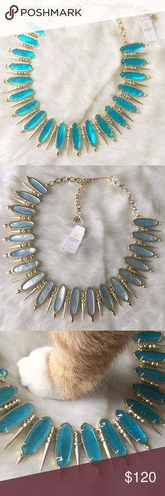 Stunning✨Kendra Scott Gwendolyn Such a stunning statement piece! New with tags Kendra Scott Gwendolyn statement necklace in London Blue. Never been worn. Brand new excellent condition. Sells on the Kendra Scott website for $295. ✨14k gold plated over brass ✨20in length 1.5in collar width ✨London blue illusion Kendra Scott Accessories