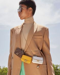The micro bag trend shows no signs of leaving with latest bold accessory the Nano Baguette. Visit the link in bio to find out more. Fendi Mini Bag, Fendi Bags, Nano Bag, Sacs Design, Accesorios Casual, Zara Bags, Luxury Bags, Who What Wear, Small Bags