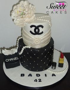 Chanel girly cake