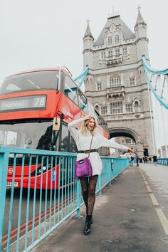 fashion street style photographer photo shoot london tower bridge portrait outdoor spring (19)